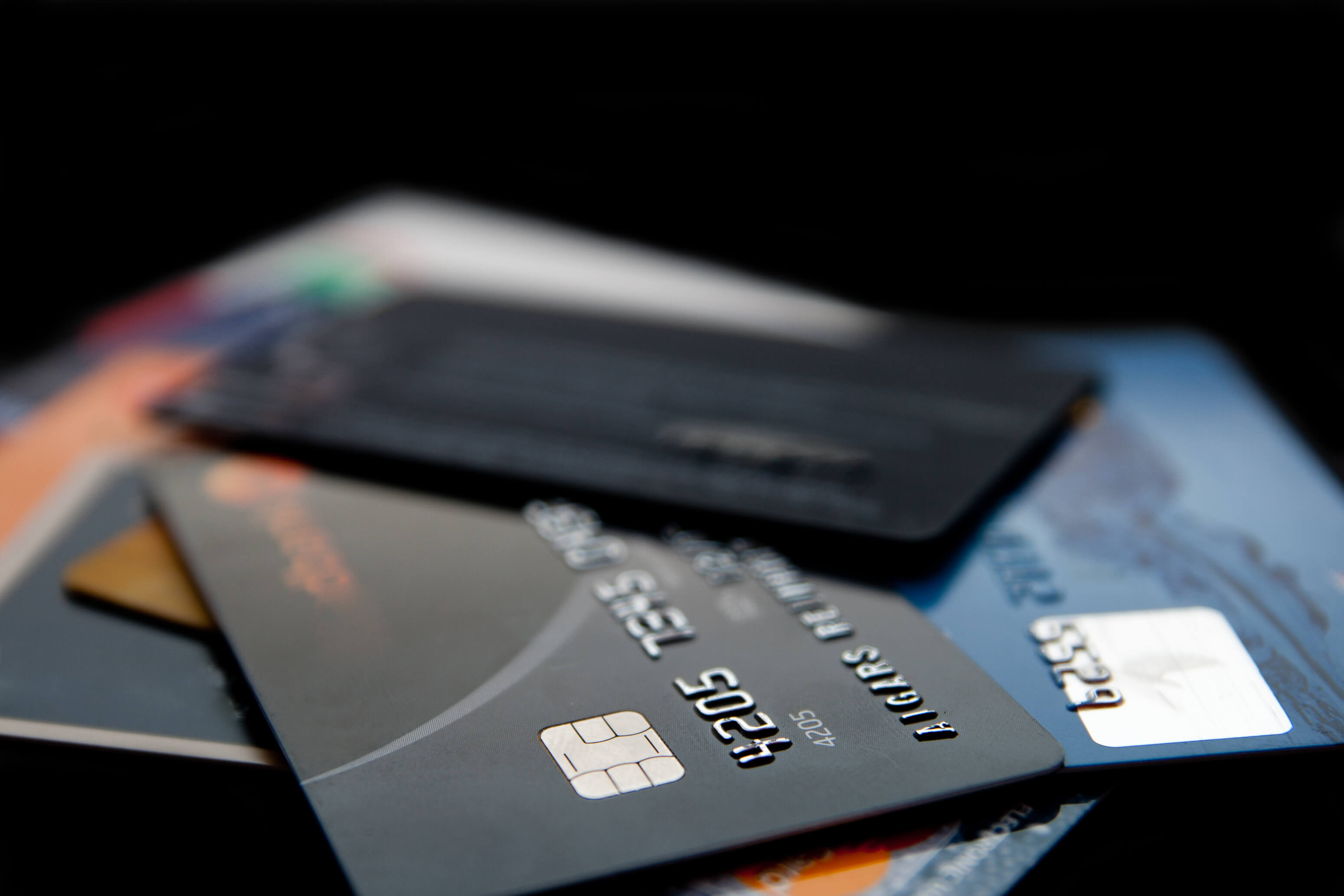 Kreditkortet: Från nödlösning i papp till dörröppnare i titan